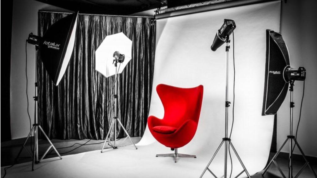 Blog IpsisPro equipamentos-necessários-para-montar-um-estúdio-fotográfico-4-1024x576 Conheça os equipamentos necessários para montar um estúdio fotográfico e veja como economizar nessa missão