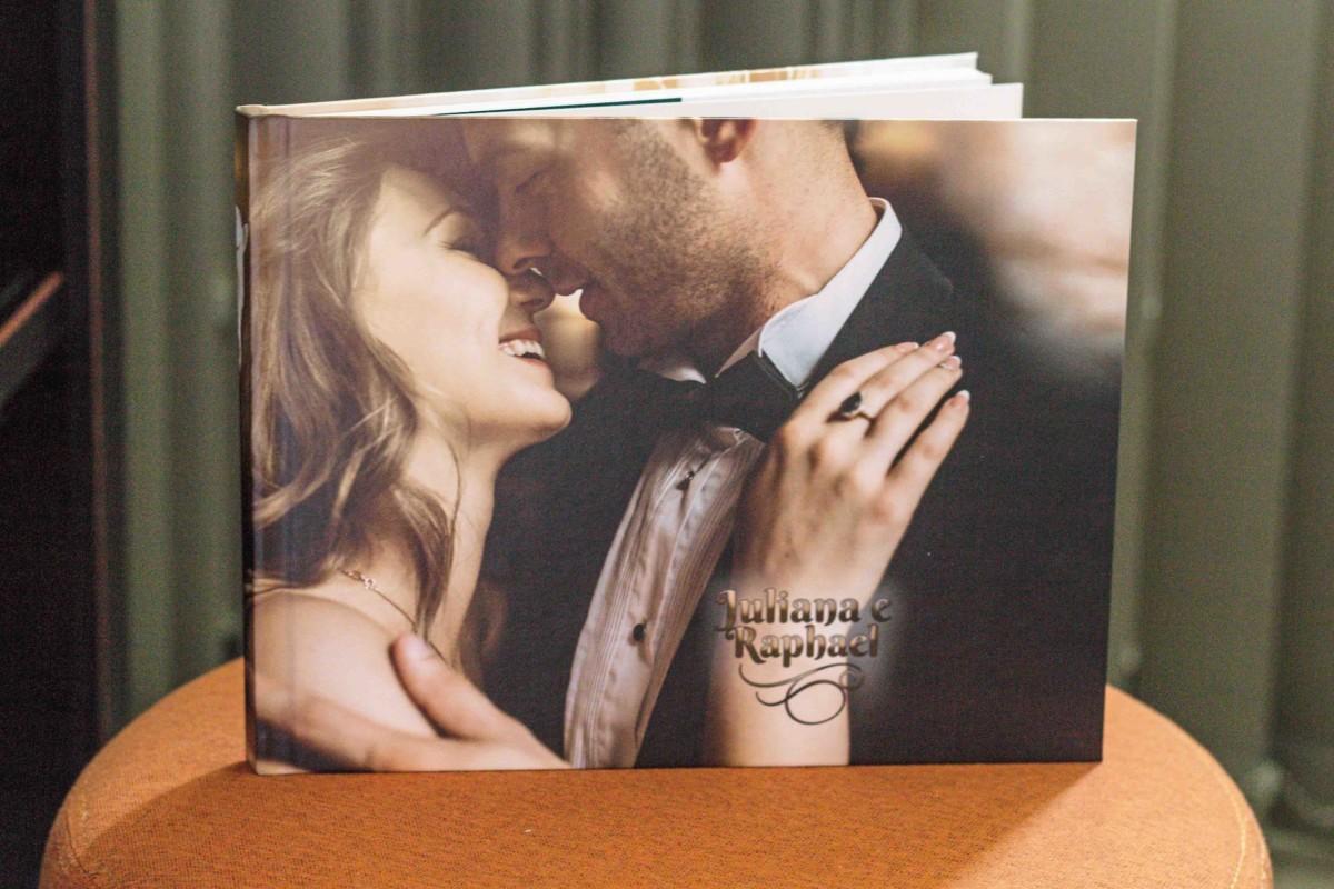 Blog IpsisPro como-imprimir-fotolivro Como imprimir um fotolivro | Veja como é realizada a impressão e quais cuidados tomar